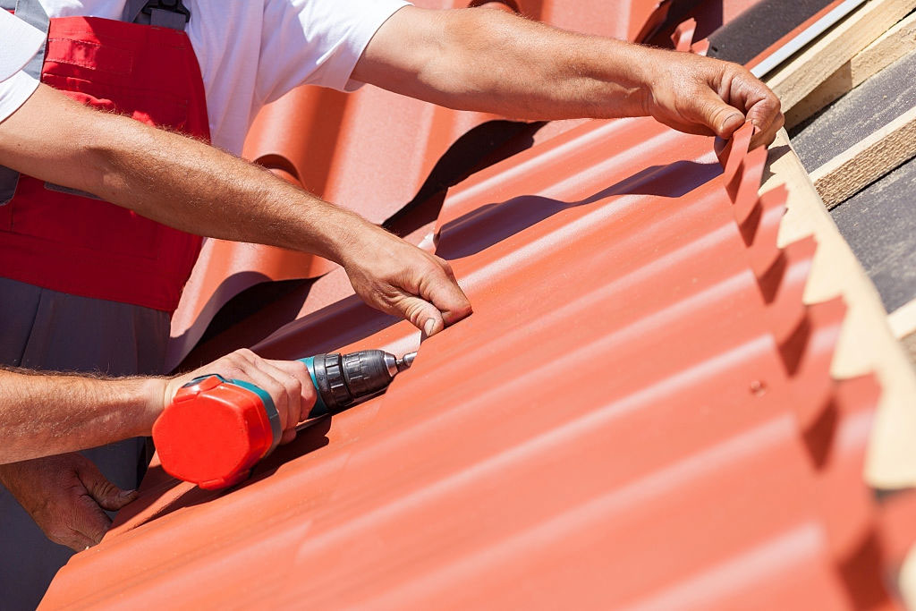 Dans wyoming roofing company